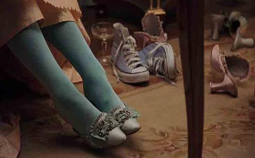 Marie Antoinette trägt Chucks natürlich die echten von Converse