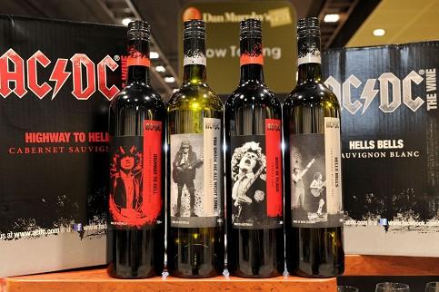Heavy Metal-Band AC/DC überrascht mit eigenen Wein, Foto: AFP