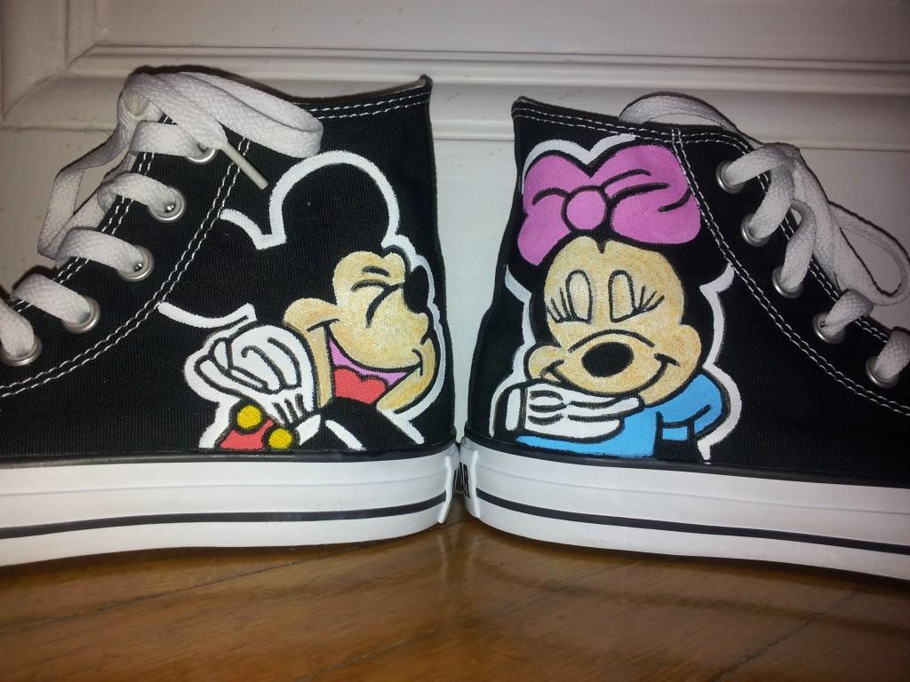 Meine selbstgemachten #Converse Chucks mit Micky Mouse