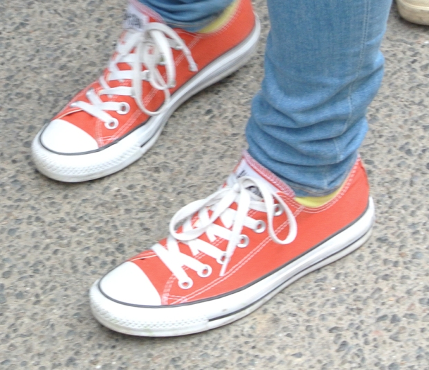 Tomato Red OX Converse Chucks