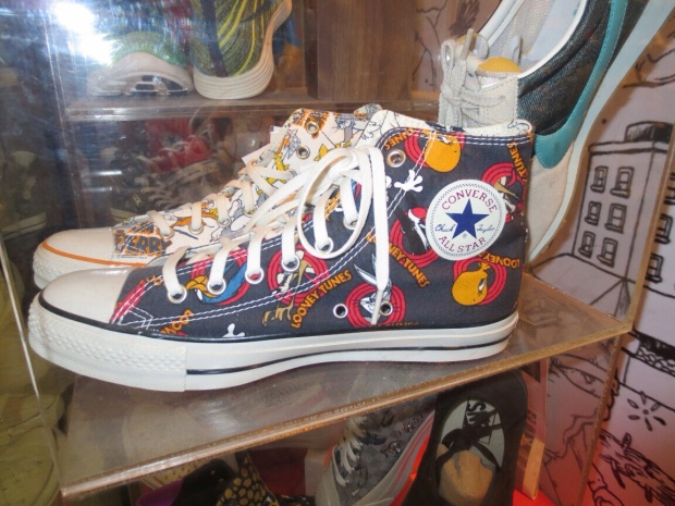 Converse chucks Looney  Tunes Edition